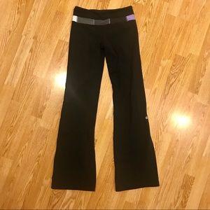 Lululemon. Size 4 reg. Black knit yoga pants.